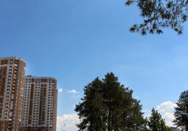 На сколько безопасна жизнь в новостройке ЖК «Лесной квартал»: обсуждение с соседями в лифте